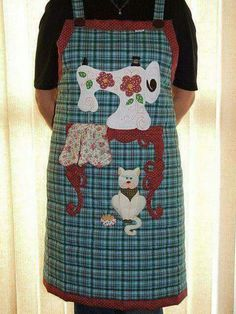 by Vera Patchwork Sewing Crafts, Sewing Projects, Cool Aprons, Linen Apron, Cat Quilt, Sewing Aprons, Aprons Vintage, Sew On Patches, Embroidery Applique