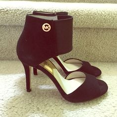 Nwob MK heels Size 6.5, hard to find MK heels. Black with gold MK logo. Elastic ankle strap and 3.5 inch heels. No returns, no holds, no box. MICHAEL Michael Kors Shoes Heels