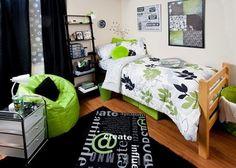 Cute dorm room.
