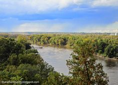 The Illinois River viewed from Starved Rock.