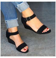 Low Heel Sandals, Low Heel Shoes, Open Toe Sandals, Black Wedge Sandals, Summer Sandals, Strappy Sandals, Black Heels Low, Low Heels, Black Pumps