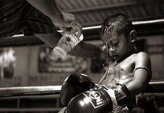Bad Boy Kao Loy Muay Thai Shorts Size LARGE UFC ONE FC MMA Kick Boxing Glory