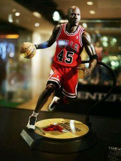 MJ Nba Players, Basketball Players, Jordan Bulls, Jordan 23, Nba Action Figures, Jeffrey Jordan, I Love Basketball, Olympic Athletes, Sports Pictures