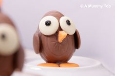 How to make a chocolate Easter chick (looking up)