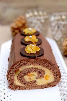 Bûche ganache chocolat et crème pâtissière à l'orange confite