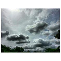 今日も暑いっ! #台風 注意な#フィリピン #hot #weather #イマソラ#空#雲#sky#clouds#philippines
