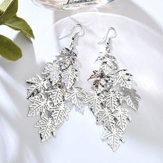 80s Earrings, Cartilage Earrings, Fashion Earrings, Fashion Jewelry, Drop Earrings, Tragus, Earring Trends, Jewelry Trends, Earring Hole