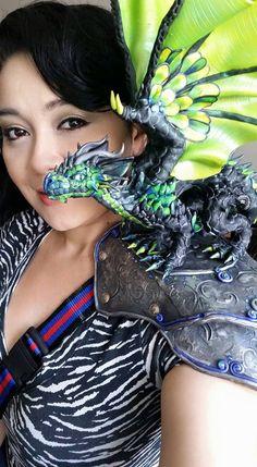 Custom Shoulder Dragon Made to Order Polymer par MakoslaCreations