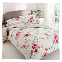 Brambels Duvet set  Available in double and king size with 2 pillowcases. Popper fastenings.  For the double duvet size for  £19.00 click he...