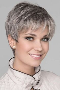 Ginger Mono by Ellen Wille Wigs - Monofilament Top, Lace Front Wig - Aktuelle Damen Frisuren Short Grey Hair, Short Hair With Layers, Short Hair Cuts For Women, Short Hairstyles For Women, Straight Hairstyles, Curly Short, Short Pixie Haircuts, Pixie Hairstyles, Girl Haircuts