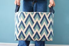 A tisket, a tasket, I made a fabric basket!  I am sharing all the details in this tutorial so that you can make one too. It all began one day while I was browsing through the fabric section in Hobb…