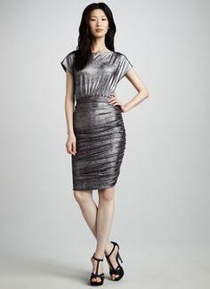 Professionelle: Alysha Velvet Dress