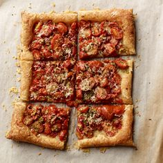 Fall in love with this scrumptious Roasted Tomato and Garlic Tart #MyPlate #Vegetables