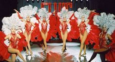 Vintage Hollywood theme SHOWGIRLS to greet your guests and perform on the stage. www.calmerkarma.co.uk Tel:  020 3602 9540