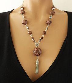 Collana marrone e argento perline e fatto a mano modello
