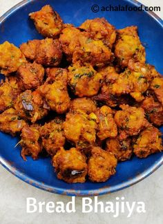 Bread Bhajiya recipe with step by step photos and video recipe – is an easy and super crispy bhajiyas that is made with leftover bread, veggies and Indian spices is Indian Veg Recipes, Vegetarian Recipes, Snack Recipes, Cooking Recipes, Punjabi Recipes, Cooking Bread, Vegetarian Appetizers, Entree Recipes, Ciabatta