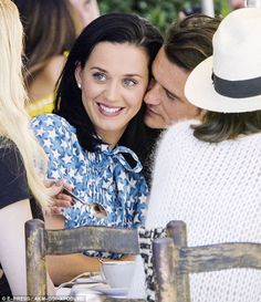 Katy Perry looks so different as she dyes her hair blonde for boyfriend Orlando Bloom's surprise birthday bash Katy Perry, Orlando Bloom, Entertainment, Kate Hudson, Celebrity Couples, Celebrity Crush, Her Style, Good Music, Her Hair