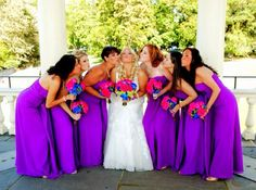 Colorful kissy bride and bridesmaids