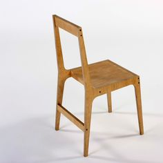 Alex Hellum: Vic open back plywood Chair