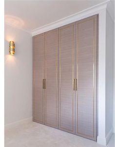 Luxury Walk-In Closet – Luxury Dale Room Design, Bedroom Cupboard Designs, Bedroom Closet Design, Wardrobe Design Bedroom, Bedroom Design, Wardrobe Door Designs, Interior Design Living Room, Dressing Room Design, Home Interior Design