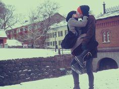 winter kiss | boy_girl_love_snow_winter_kiss-011ecc0c10f685e41c6a8ea4d2ec2377_h.jpg