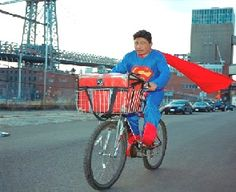 Dulce Pinzon- Everyday heroes, mexican immigrants in New York doing everyday activities. Dulce Pinzon intends to show them as Superheroes. Superman, Real Superheroes, Cape Designs, Superhero Capes, Popular Photography, Mexican Artists, Everyday Activities, Moody Blues, Student Work