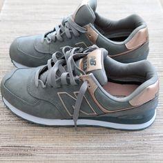 wholesale dealer 46696 67b2d Metallic New Balance Shoes