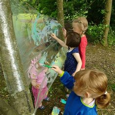 It was the first time we painted outside and it was a great fun! Inspired by - street art on the plastic wrap stretched between two supports. French graffiti artist Kanos and Astro are the inventors of Cellograff. Check under to see Outdoor Crafts, Inventors, Plastic Wrap, Get Outside, First Time, Art For Kids, Artworks, Graffiti, The Outsiders