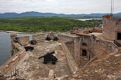 When going on a tour with #insightCuba, the Castillo de San Pedro de la Roca is one of the many sights that you will be able to experience in Santiago de Cuba. #Cuba #travel