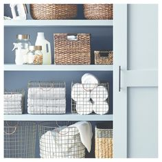 Get creative with your storage space with the Threshold Wire Large Straight Milk Crate. This spacious metal-wired milk crate comes with copper finished handles, which makes it stylish and easy to carry around. The chic design of this milk crate blends in with any decor, be it modern or traditional.