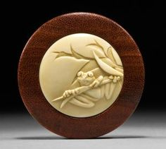 Janel Jacobson's on-line gallery of Netsuke, Ojime and Small Sculptures Bone Jewelry, Jewelry Art, Marble Wood, Small Sculptures, Bone Carving, Glass Ceramic, American Crafts, Wood Sculpture, Japanese Art