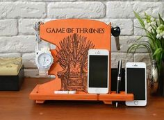 This throne is waiting to be on your table.  Use promo code WYLI1 before purchase to get cup holder for free.🚀🎁 .  #daenerystargaryen #emiliaclarke #serial #fantasyworld #georgemartin #jonsnow #dragon #dragonage #booklover #bookaddict #bookaholic #bookish #movie #moviefan #movies #instamovies #woodwork #woodworksdesign #handmade #handmadegifts #handmadecraft #organizer #dockingstation #instagood