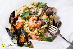 Feast of the Seven Fishes - Carolina Meat & Fish Co. Greek Recipes, Fish Recipes, Seafood Recipes, Pasta Recipes, Seven Fishes, 7 Fishes, Scallop Pasta, How To Cook Fish, Mets