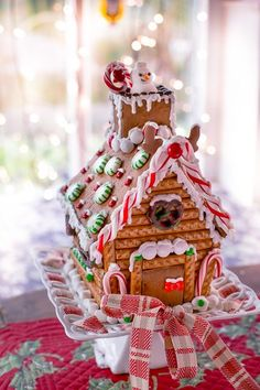 Gingerbread House by Cute Cottage Overload Gingerbread Decorations, Christmas Gingerbread, Christmas Treats, Christmas Cookies, Gingerbread Houses, Christmas Candy, Christmas Decorations, Days Till Christmas, Merry Little Christmas