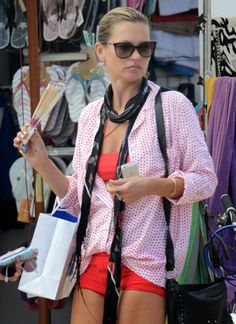 Kate Moss Spotted Shopping in Formentera | Kate Moss Universe