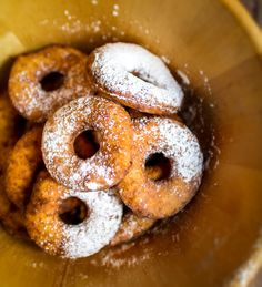 Similar to donut but with cream cheese. Baking Ideas, Doughnut, Donuts, Ale, Goodies, Tasty, Polish, Cheese, Traditional