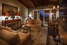 Kennedy Cottage Living Room - Picture of San Ysidro Ranch, a Ty Warner Property, Santa Barbara - Tripadvisor Sunken Hot Tub, San Ysidro Ranch, Hot Tub Garden, Ranch Remodel, Leading Hotels, Cottage Living Rooms, Luxury Rooms, Ranch Style Homes, Living Room Pictures