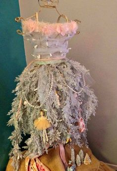from dress form to christmas tree part 1, christmas decorations, repurposing upcycling, seasonal holiday decor