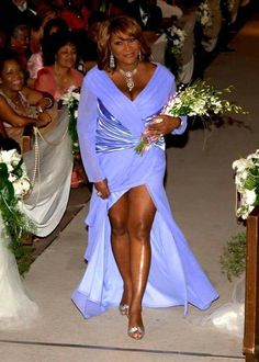 Miss Patty LaBelle look at those legs!-she looks so fabuolus My Black Is Beautiful, Beautiful People, Beautiful Women, Black Girl Magic, Black Girls, Black Celebrities, Celebs, Vintage Black Glamour, Ageless Beauty
