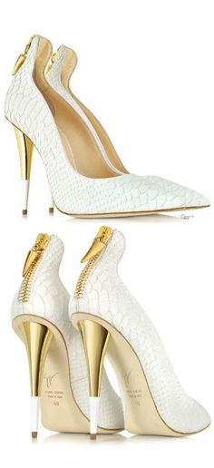 Giuseppe Zanotti Croco Embossed Leather Pumps - I'd never take them off. Hot Shoes, Crazy Shoes, Women's Shoes, Me Too Shoes, Shoe Boots, Platform Shoes, High Heels Boots, High Heels Stiletto, Gold Heels