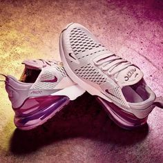 Make sure your shoe game is in tip top condition this 2018 with the new Nike Air Max 270 Women's Shoe in a Barely Rose colour.