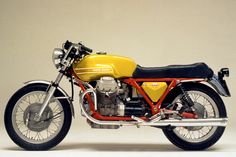 1971 Moto-Guzzi Telaio Rosso (Red Frame) V7 Sport: The 105 or so built to this specification were pre-production homologation specials, built in the factory race shop, to qualify the bikes for racing in 1972.