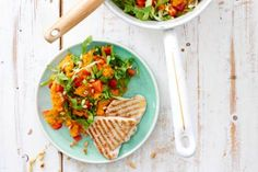Andijviestamppot met zoete aardappel en kalkoenfilet Superfoods, Healthy Dinner Recipes, Foodies, Recipies, Mexican, Lunch, Bread, Chicken, Cooking