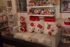 A real house filled with Hello Kitty decorations… | 42 Amazing Things You Will Only See At Hello Kitty Con