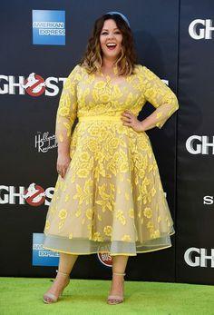 """Képtalálat a következőre: """"melissa mccarthy yellow floral dress"""""""