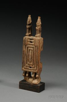 Africa   Door lock from the Dogon people of Mali   Carved wood