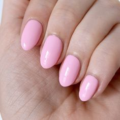 Essie Fall 2017 collection - Saved By The Belle - pastel nails, baby pink manicure Dot Nail Art, Polka Dot Nails, Nail Art Diy, Essie Nail Polish Colors, Nail Colors, Colours, Pastel Nails, Pink Nails, Pastel Pink