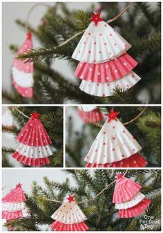 Christmas garland for kids to make