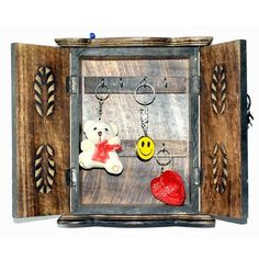 http://www.maddycrafts.com/timeless-love-for-the-wooden-furniture #maddycraft #furniture