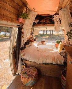chic Van Life Spain - -Boho chic Van Life Spain - - We can't imagine a more perfect home. 📷 by nshine Awesome Wood Interior Ideas for Sprinter Van Camper van life inspiration Camper Van Life, Kombi Home, Van Home, Campervan Interior, Volkswagen Bus Interior, Bus Life, Van Living, Decoration Design, House On Wheels